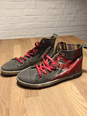 Toller Sneaker von Lazamani, ungetragen, Gr 40