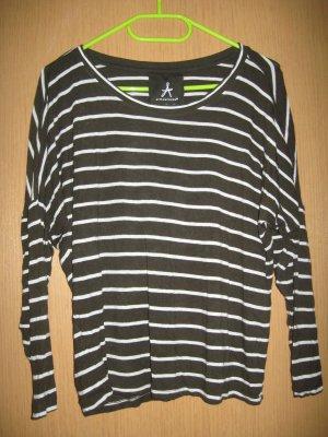 Tolles 3/4 Arm Shirt in oliv mit weißen Streifen
