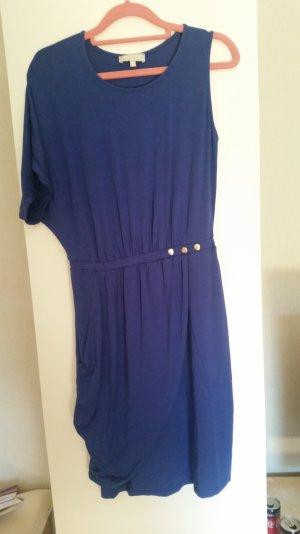 Tolles asymmetrisches Kleid