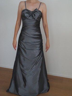 Robe de bal gris-argenté fibre synthétique