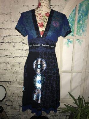 Tolles blaues Desigual Kleid