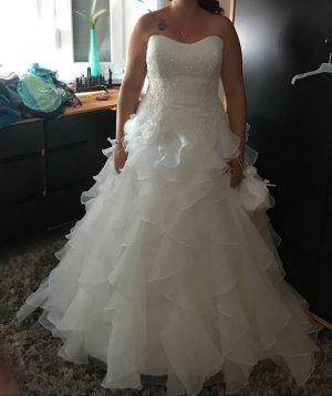 Tolles Brautkleid