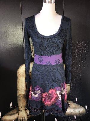 Tolles DESIGUAL Kleid