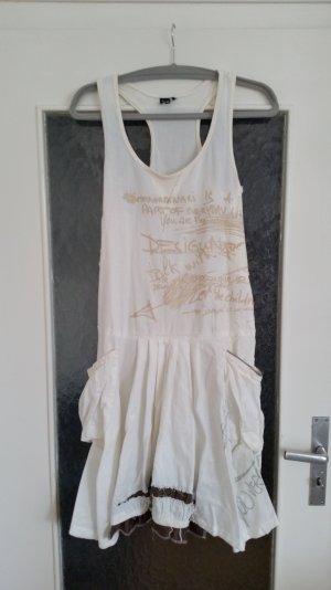Tolles Desigual Kleid im Boho Stil mit großen Taschen, Print und vielen Details