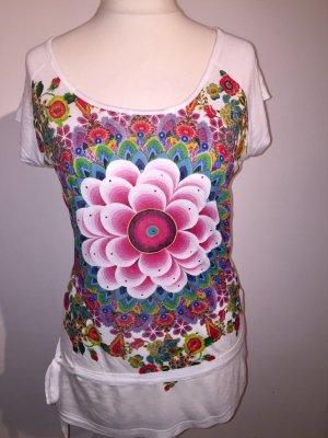 Tolles Desigual Shirt mit Blumen