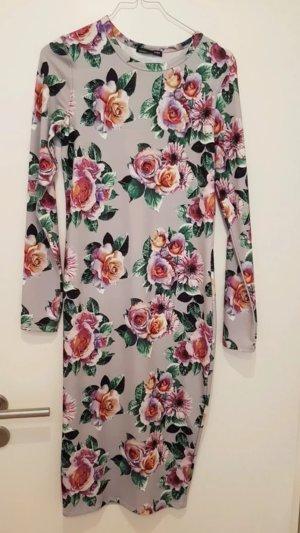 Tolles, enganliegendes Kleid von Zara!