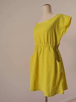 tolles gelbes Sommerkleid/Minikleid rückenfrei
