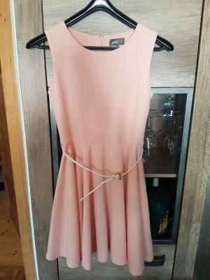 Apricot Robe épaules nues rosé