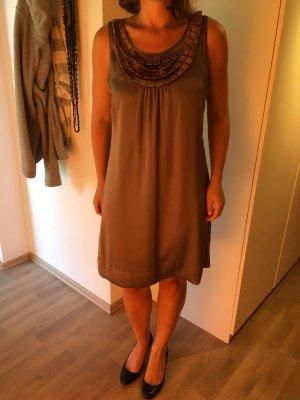 Tolles Kleid der Marke Comma, 38