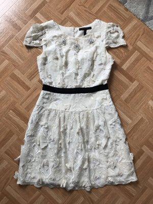 BCBG Maxazria Cocktail Dress white-natural white