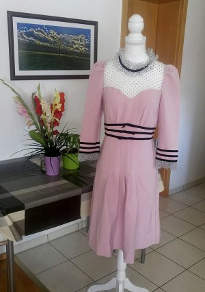 Tolles Kleid etuikleid verziehrung polkadots mesh samt Kragen faltenrock