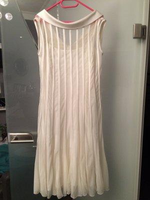 Tolles Kleid in champagner Farbe in Gr.36 von Swing