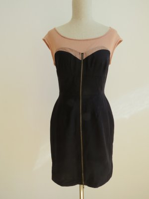 Tolles Kleid mit transparentem Stoff schwarz Urban Outfitters