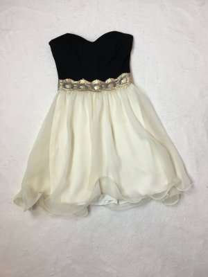 tolles Kleid von Asos/Paprika