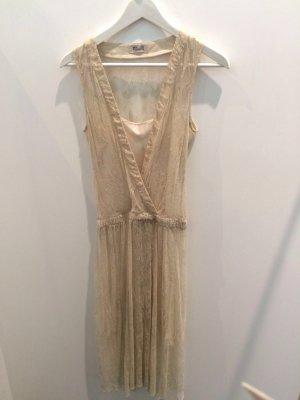 Tolles Kleid von Baum und Pferdgarten #blogger #fashion #thingswelove