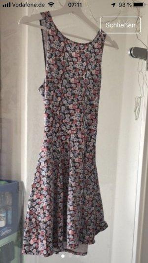 Tolles Kleid von hollister