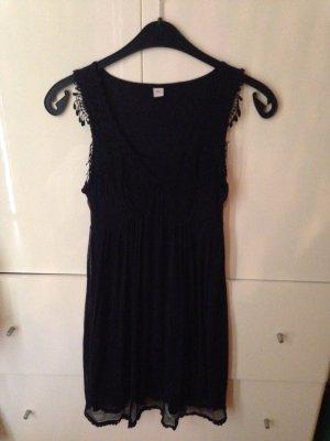 Tolles Kleid von S.Oliver - nie getragen - in dunkelblau mit Spitze