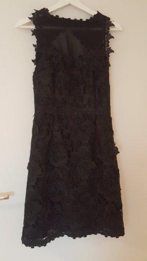 Tolles Kleines Schwarzes Cocktailkleid  mit floraler Spitze