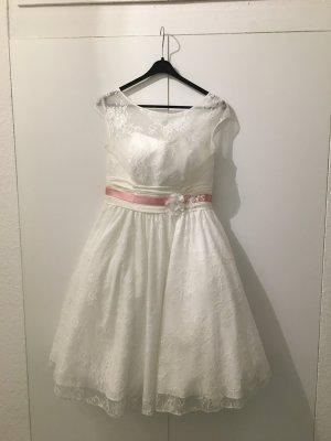 Tolles Knieumspielendes Brautkleid