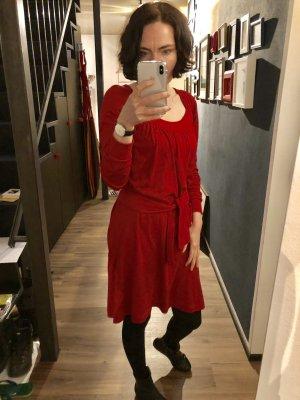 Tolles Langärmliges Kleid in Tomatenrot von closed, neuwertig