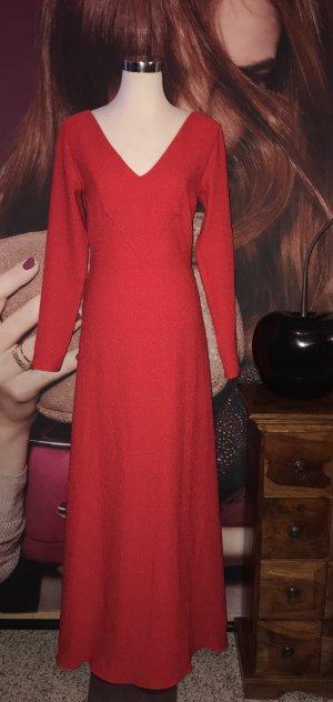 Tolles langes rotes Abendkleid