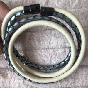 Bracelet en cuir crème-argenté