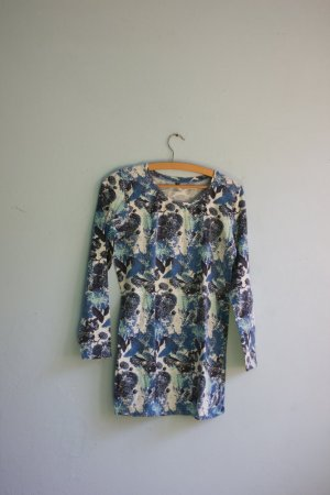 Tolles Longtop Kleid mit Blumenmuster blau weiß retro style