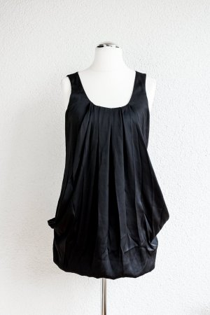 Tolles Mini-Kleid mit Taschen von H&M in Schwarz mit Faltenwurf - Gr. 38 M