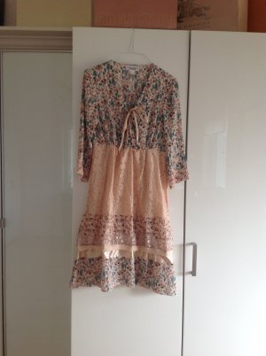 Tolles neues Kleid
