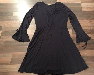 Tolles Orsay Kleid