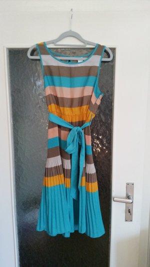 Tolles plissiertes Kleid von Vila.