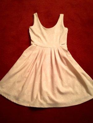 Tolles puderrosanes Kleid