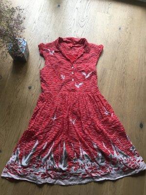 Tolles rotes Sommerkleid aus 100 % Baumwolle mit Möven & Segelbooten