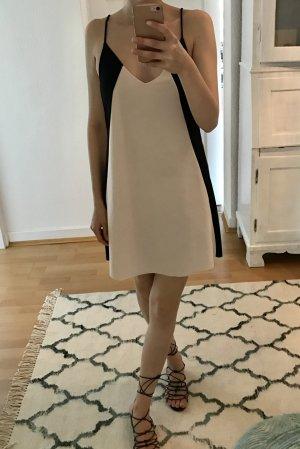 Tolles Slip-in Kleid von ZARA