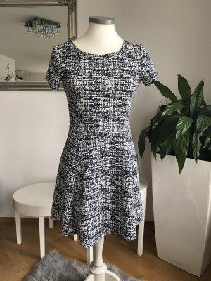 Stretch jurk wit-blauw