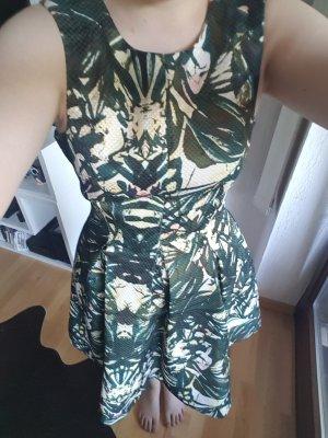 Tolles Sommerkleid mit Taschen