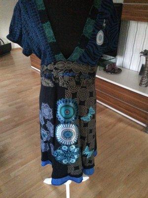 Tolles Sommerkleid von Desigual in verschiedenen Blautönen - Gr. 42