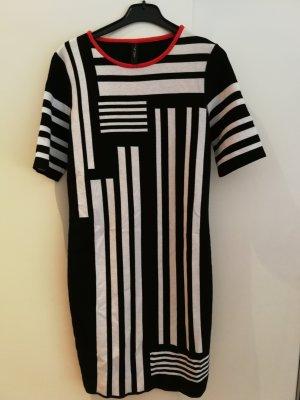 Tolles super weiches Kleid ungetragen