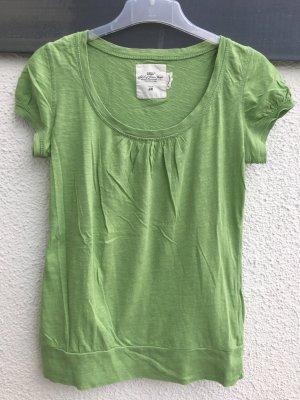 Tolles T-Shirt in frischem Grün!