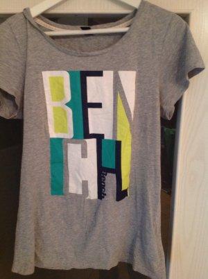 Tolles T-Shirt Von bench super Zustand