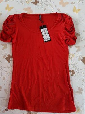 Tolles Tshirt in rot, neu mit Etikett Amisu