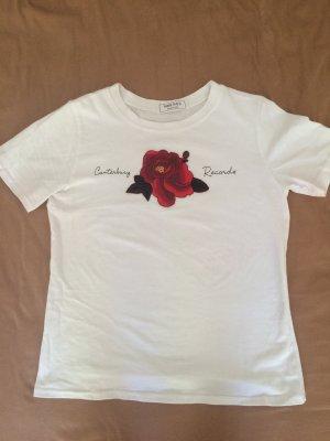 Tolles Tshirt mit Stickerei