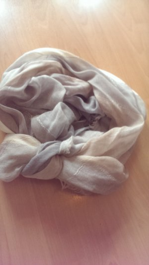 Tolles Tuch von Massimo Dutti
