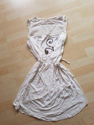 Tolles verspieltes Sommerkleid