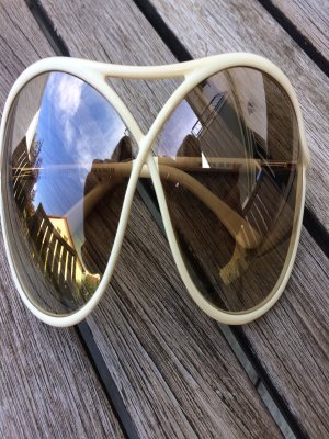 Tom Ford Sonnenbrille Model Vicky TF184 - 25G in der Butterfly-Form