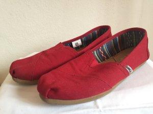 Lage schoenen rood