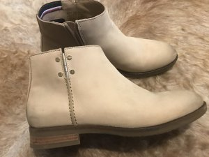 Tommy Hilfiger Chelsea Boot rose chair