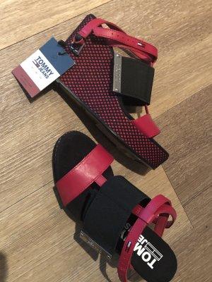 Tommy Hilfiger Plateauzool sandalen zwart-rood