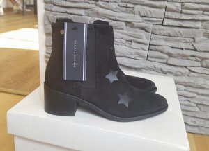 Tommy Hilfiger Booties black