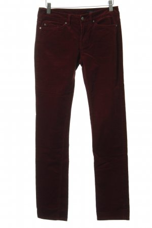 Tommy Hilfiger Cordhose bordeauxrot Street-Fashion-Look